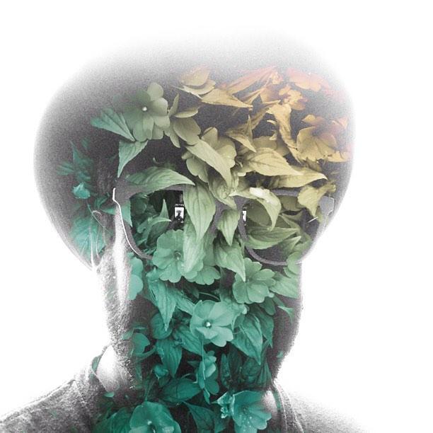 Autofoto con las flores del perro del Guggenheim